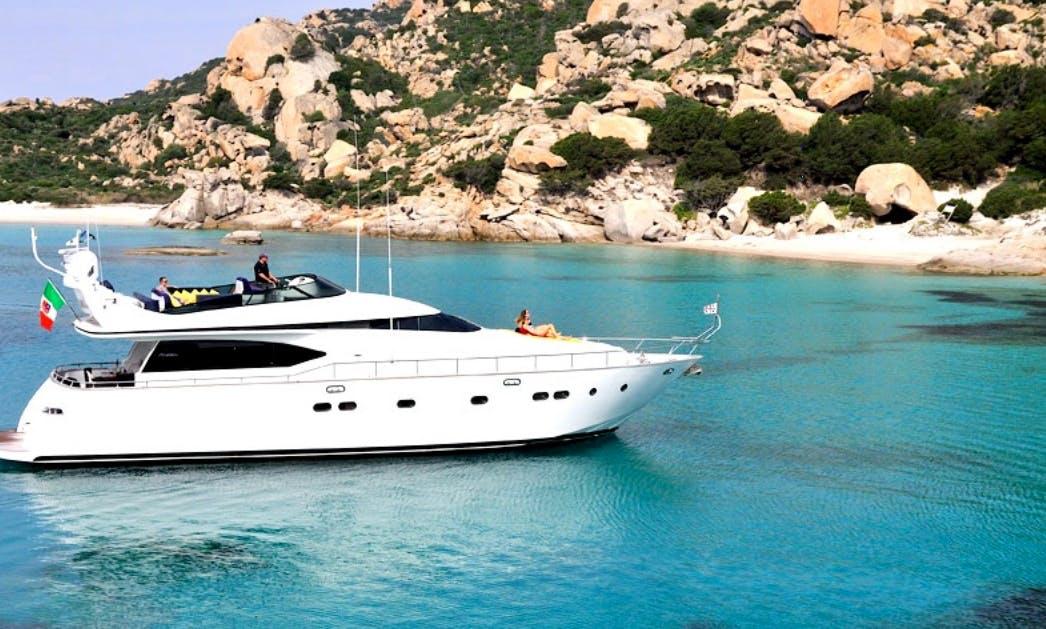 20s Maiora Flybridge Luxury Yacht Portisco