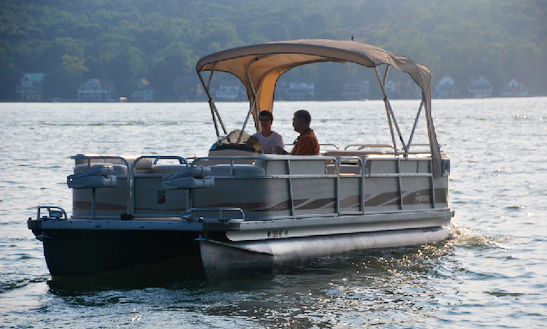 75hp Pontoon Rental Conesus Lake $1,350 Wk +fuel
