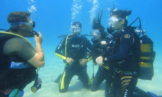 Scuba Diving In Vorios Tomeas Athinon