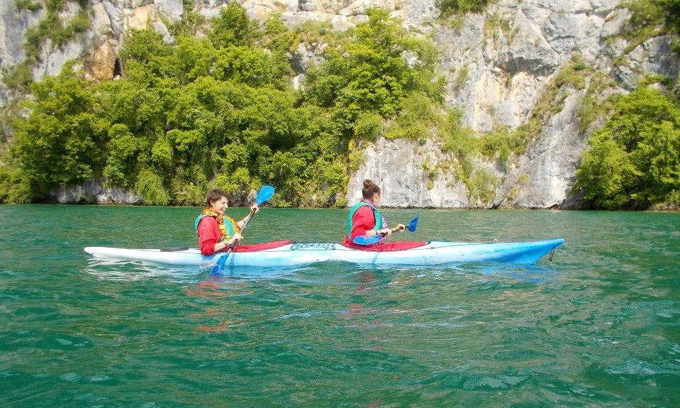 Explore the lakes of Annecy and Bouget with your own Kayak!