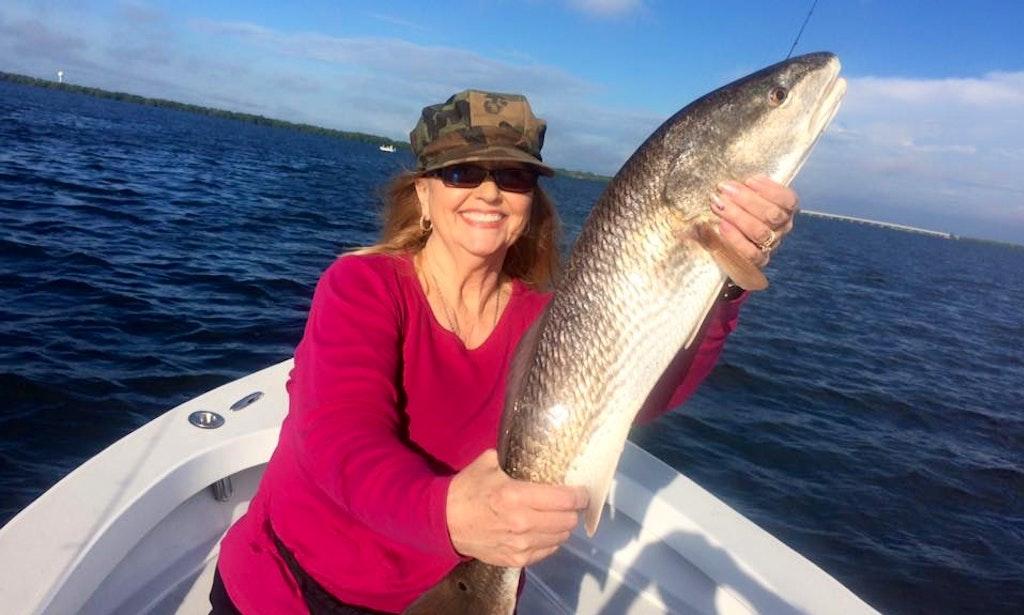 Aquasport 222 boat fishing charter in tierra verde getmyboat for Best fishing charters in florida