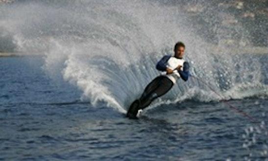 Water Skiing In Roquebrune-sur-argens