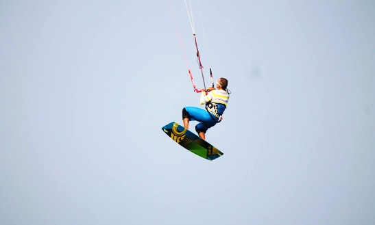 Kitesurfing Lessons In Tambon Hua Hin