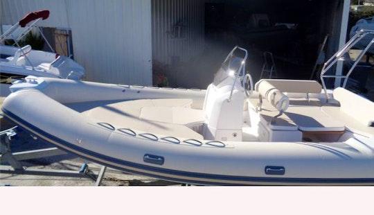 22' Valiant Powerboat In Saint-florent
