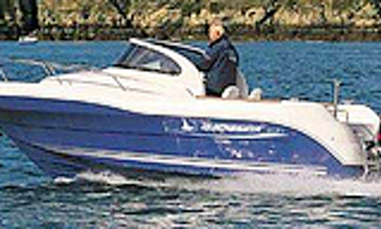 Quicksilver 630  Deck Boat Rental In Hourtin, France