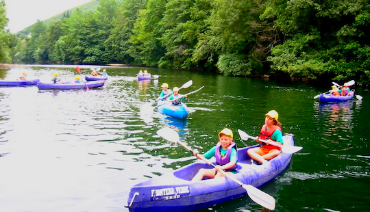A Fun Canoeing Trip For Adventurous Groups In Asturias, Spain