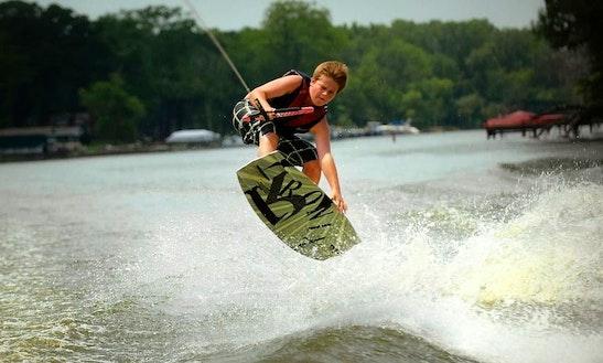 Wakeboarding In Hejmady