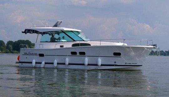 'delphia' Nautika 1000 Yacht Charter In Giżycko