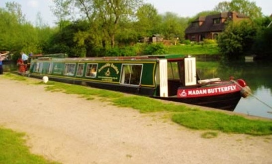 Hire A Wheelchair Accessible Canal Boat In Odiham