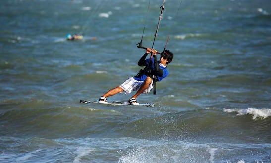 Kiteboarding Lessons For Beginner In Tp. Phan Thiết, Vietnam