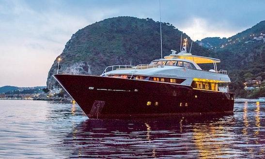 Alalunga 90 Luxury Mega Yacht Charter In France
