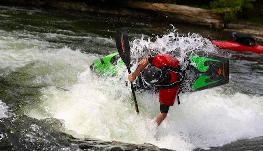 Single Kayak  Lesson And Trip In Okere Falls