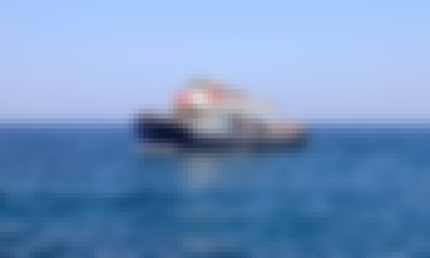 Bodu Fuhj 52' Motor Boat for Charter in Stunning Italy