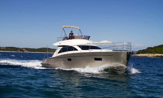 'punta 1' Cyrus Motor Yacht Charter In Pula