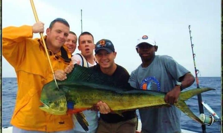 24ft Grady White Explorer Fishing Charter in Flowers Bay