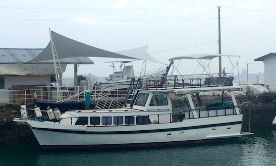 Deck Boat Rental In Lapu-lapu City