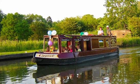 Cygnet Boat Trips In Kintbury