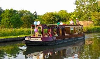 Canal Boat Trips in Kintbury