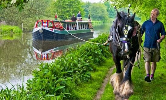 Kennet Horse Boat Trips In Kintbury