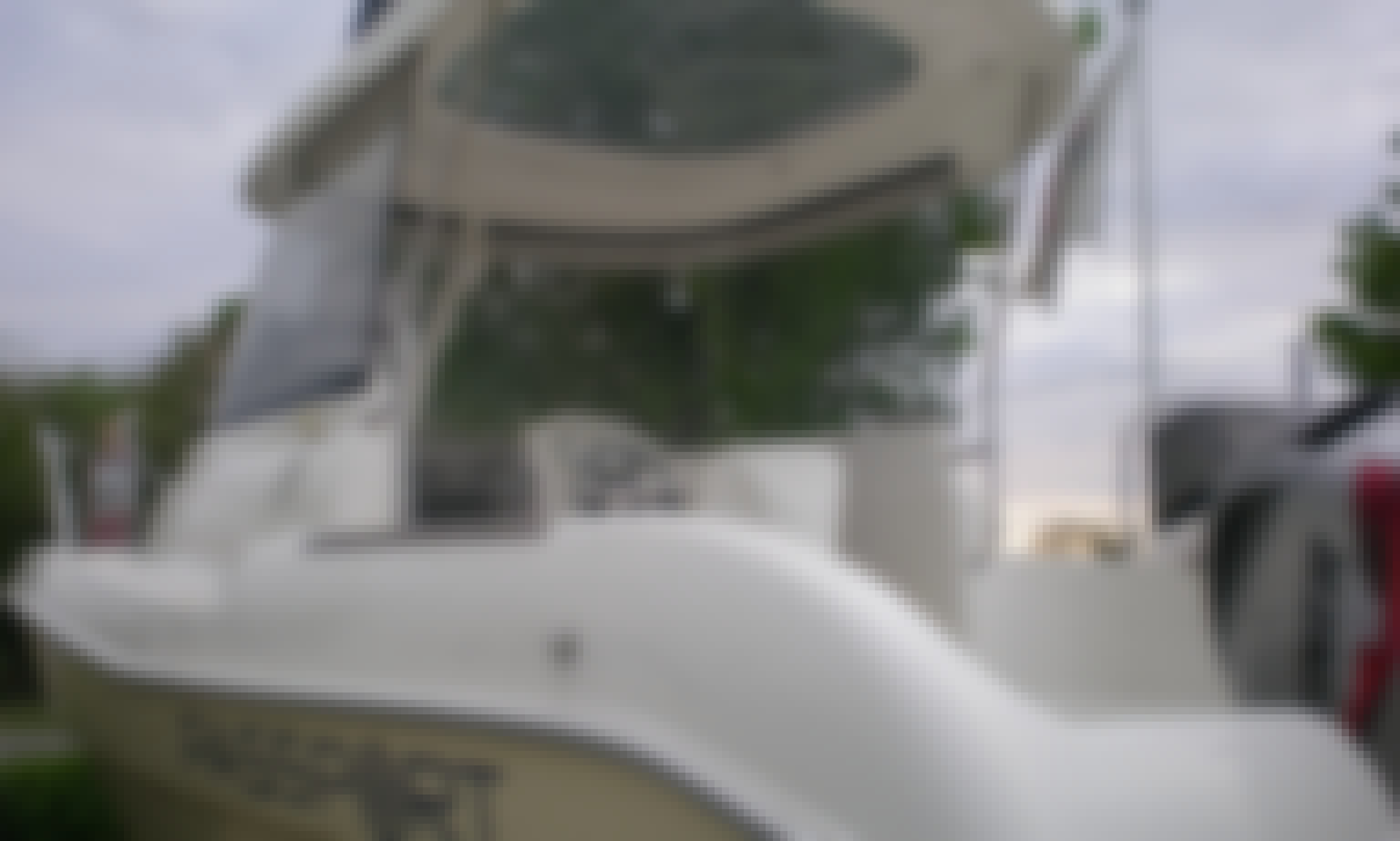 Passport 5.3 Fishmate Boat Rental in Bono