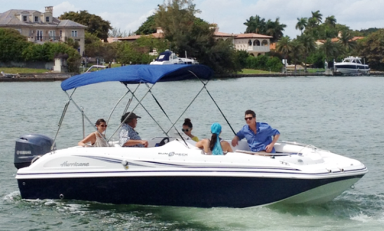 Charter 20' Deck Boat Blue Hurricane Rental In Miami Beach, Florida
