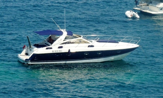 Charter 40' Princess V40 Motor Yacht In Beaulieu-sur-mer, France