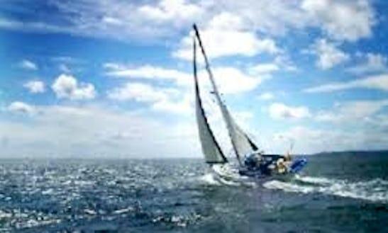 Cruising Monohull Captained Charter In Birdham