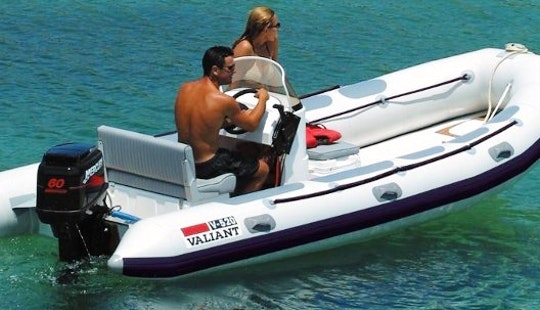 Valiant 520 Boat Hire In Fleury