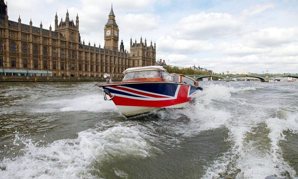 Limo River Cruises In London