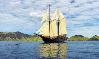Luxury Phinisi Yacht in Indonesia