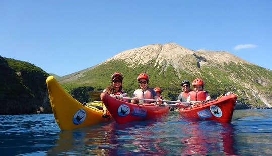Awesome Sea Kayak Trip To Vulcanic Island In Italy!