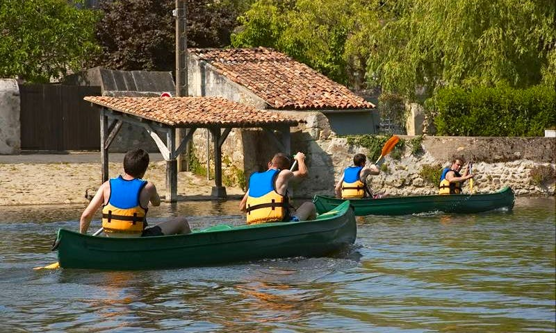 Canoeing-Kayaking In Montreuil-Bellay