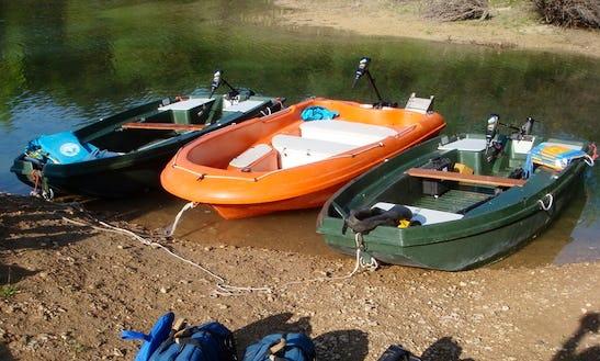 Electric Boat Hire In Montagnac-montpezat