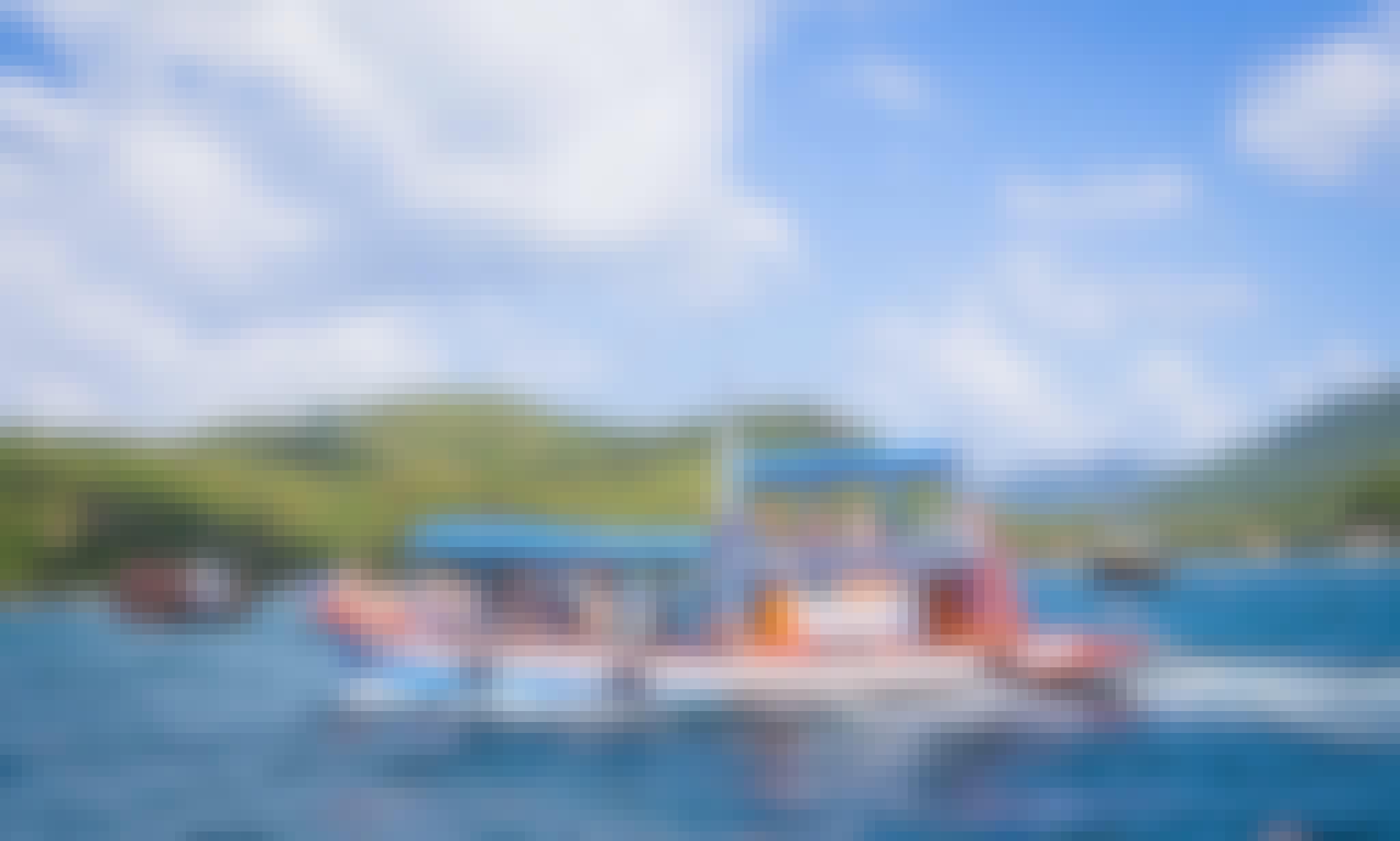 Chon Saran Phorn Boat Snorkeling Tours in Tambon Ko Tao