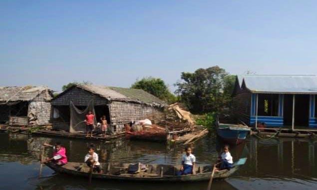 Canoe Trip in Krong Siem Reap