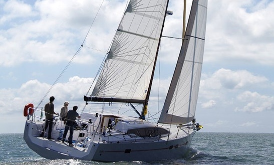 39' Rm 1260 Cruising Monohull Rental In Antibes, France