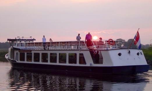 """Partyschip & BBQ"" Boat Trips in Ommen"