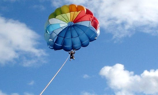 Parasailing In Lapu-lapu City