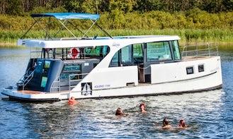 Aquino 1190 Motor Yacht Charter in Rechlin