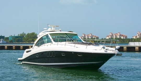 Enjoy 48′ Searay Sundancer For Rent In Miami