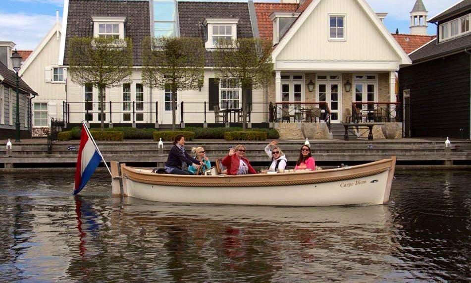 'Classic Sloop' Boat Hire in Huizen