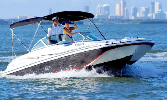 Charter 20' Deck Boat Black Hurricane In Miami Beach, Florida