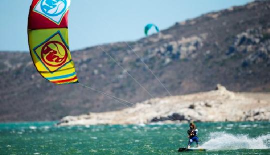 Kiteboarding Lessons In El Médano