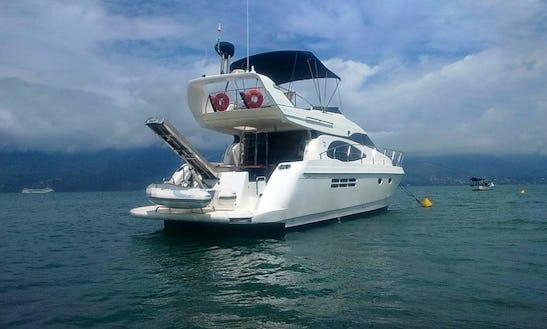 Motor Yacht For Rent In São Sebastião