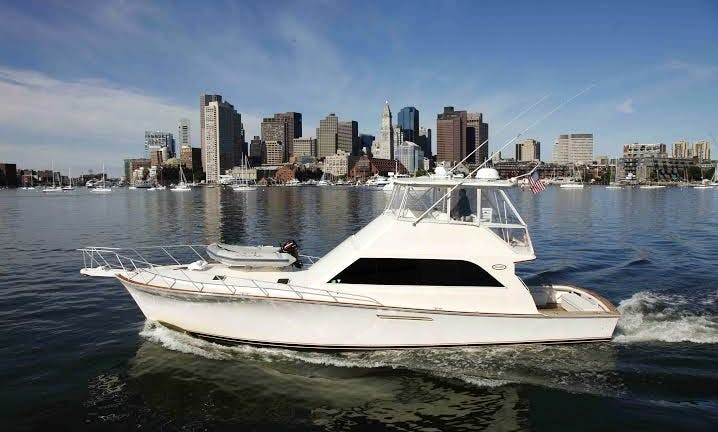 "55' ""Super Sport"" Ocean Yacht In Boston (up to 12 guests)"