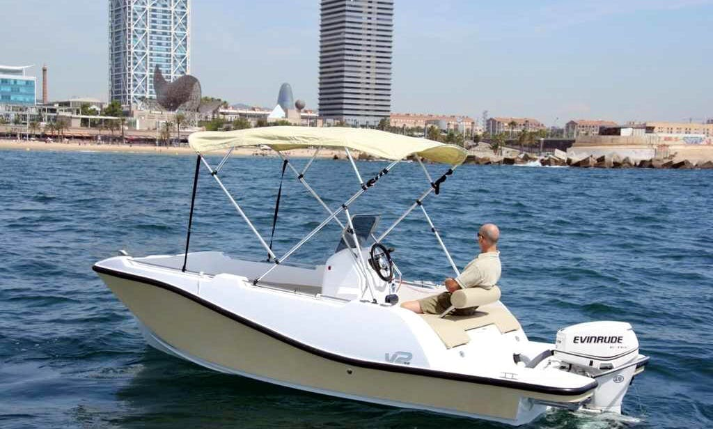 Deck Boat for rent in Sant Pere Pescador