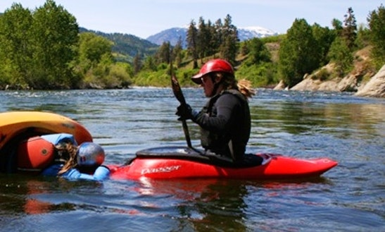 Hard Shell Kayak Instruction In Gold Bar
