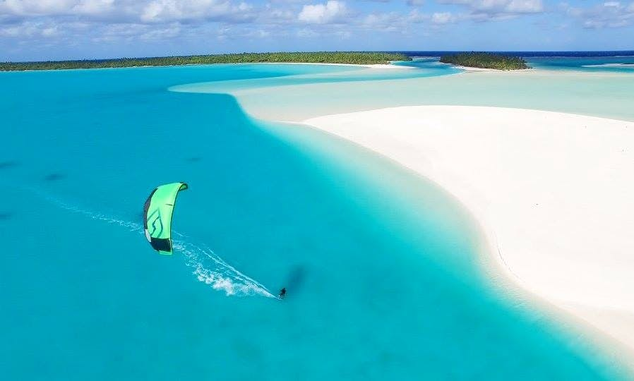 Kiteboarding Lessons and Rental in Aitutaki
