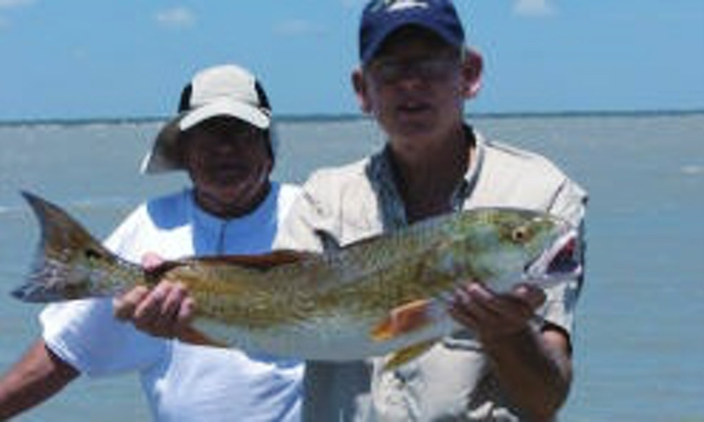 Guided fishing charter on 23ft haynie bigfoot boat in for Rockport fishing charters
