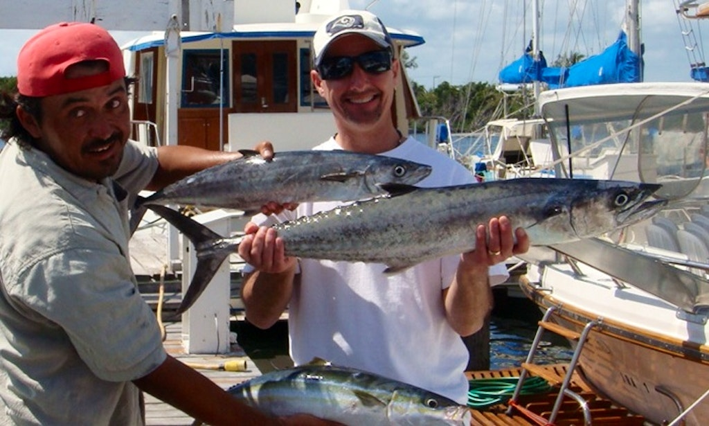 29 39 center console fishing charters in isla mujeres for Isla mujeres fishing
